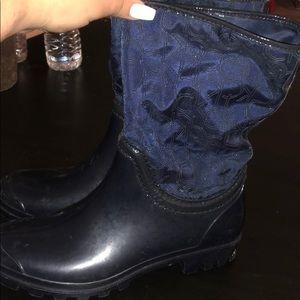 Blue calvin klein rain booties